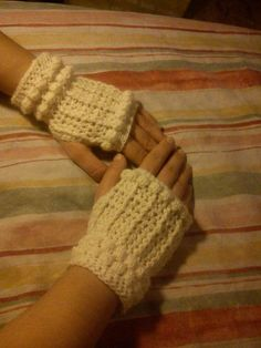 fingerless gloves  puff stich