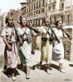 La contribución de las mujeres en la revolución para la democrácia.