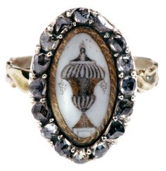 Circa 1780 Mourning ring with rose diamonds framing a drawing on ivory, of an urn