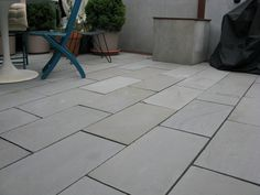 Exciting Bluestone Pavers For Best Natural Stone Flooring Materials: Chic Bluestone Pavers With Patio Furniture And Potted Plants For Outdoor Patio Design For Exterior Design