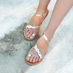 Theme:Spring/Fall,Summer Occasion:Daily,Casual Upper Material:PU Heel Type:Flat Heel Accents:Tassel Gender:Women Shoes Style:Slip-On Oxford Shoes Heels, Women Oxford Shoes, Flats, Shoes Women, High Heels, Pearl Sandals, Lace Up Sandals, Summer Sandals, Latest Ladies Shoes