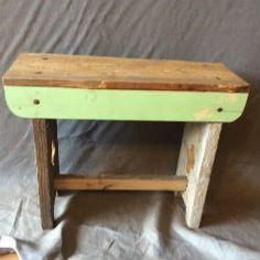 handgemaakt bankje. Van gerecycled hout. Leuk voor buiten of binnen.