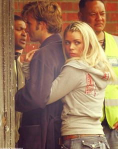David Tennant and Billie Piper... This is the cutest picture I've ever seen! <3