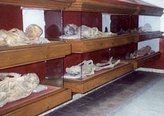 Entryway Tables, Group, Storage, Furniture, Home Decor, Catacombs, Guanajuato, Purse Storage, Decoration Home