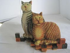 KRIEBEL PATIENCE AND PRUDENCE CAT FIGURINE - 1999 FIRST EDITION MEASURES 4 7/8""