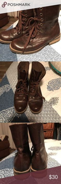 Like NEW Bass Combat Boots Like new worn maybe twice, chocolate brown combat boots from Bass. Sherling style inside for a little extra warmth. Smoke free home 😊 Bass Shoes Combat & Moto Boots