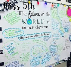 Why not use the first thing your student sees in the classroom as a way to boost both his confidence and the confidence of his peers? Take a look at some ways these teachers transformed their white boards, the centerpieces of the classroom, into tools to Beginning Of School, First Day Of School, Middle School, Future Classroom, School Classroom, Classroom Ideas, Classroom Design, Classroom Meeting, Classroom Schedule
