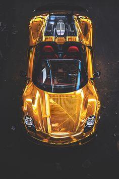 Golden Ride Porsche