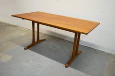 Børge Mogensen table C18 - Børge Mogensen - FDB, (Danish co-op)  Which size?