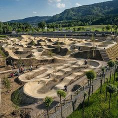 plussizebmx: This is the Velosolutions Park in Switzerland and it looks like a s plussizebmx: Dies ist der Velosolutions Park … Dirt Bike Track, Bmx Dirt, Dirt Bike Girl, Dirt Bike Room, Bmx Bicycle, Bmx Bikes, Mtb Bike, Motocross Tracks, Bmx Racing