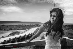 Unforgettable distraction.  With Francesca from Sardegna (Italy)  Copyright © 2014 by Glowing Dots, all rights reserved.