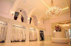 Retail bridal shop: Interior