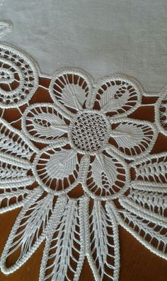 - Her Crochet Russian Crochet, Japanese Crochet, Irish Crochet, Crochet Cord, Freeform Crochet, Crochet Lace, Hand Embroidery Stitches, Beaded Embroidery, Cross Stitch Embroidery