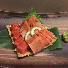 Chutoro sashimi perfect for the weekend. by komeyui_melb Sushi Love, Stop Eating, Foods To Eat, Sashimi, Japanese Food, Asian Recipes, Seafood, Addiction, Tasty