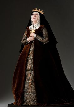 """Full length portrait of Queen Isabella 1478 aka. """"The Catholic"""" from Renaissance and Reformation Historical Costume, Historical Clothing, Renaissance And Reformation, Queen Isabella, Isabelle, Royal Fashion, Fashion Glamour, Beautiful Dolls, Fashion Dolls"""