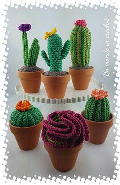 Cactus En Crochet, Love Crochet, Crochet Cactus Free Pattern, Crochet Amigurumi, Crochet Toys, Crochet Flower Patterns, Crochet Flowers, Cactus Craft, Cactus Cactus