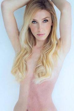 A modelo americana Taylor Muhl, de 33 anos, sempre suspeitou de que tinha uma gêmea, mas durante boa parte de sua vida ela jamais desconfiou que a marca de...