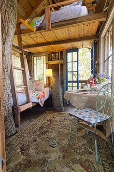 """My obsession with treehouses andtiny homesis alive and kickin, I think it has to do with the idea of living more simply with exactly what you need verses want. Something I could probably never do LOL. Today's """"treehouse"""" tour combines the charm of cottage chic styling with attention to detail and function. My favorite treehouse …"""