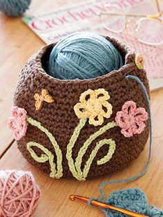 Easy Crochet Baskets -- good idea for yarn ball!  Would keep the ball from rolling!