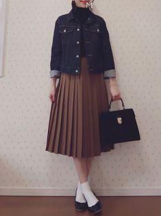 MAYUKOさんの「ポリエステルウール ランダムプリーツミディスカート(MACPHEE)」を使ったコーディネート