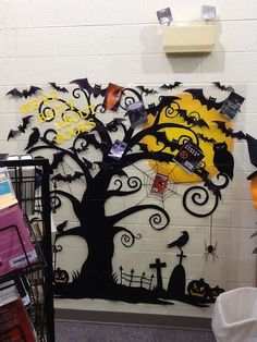 Halloween is coming. Make sure to put a scary and interesting halloween bulletin board in your home, office or classroom. Halloween bulletin board is one of the necessary decorations, it can interact well with indoor members. Halloween Classroom Decorations, Halloween Bulletin Boards, Library Bulletin Boards, Halloween Displays, Fall Bulletin Boards, Halloween Books, Halloween Themes, Halloween Fun, Halloween Costumes