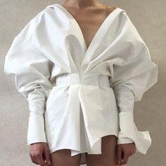 Stylecolors //White // T-shirt // Jacket // Coat // Pants // Dress // Shoes // Color // Style // Love // Fashion // Babe // Always // Best Looks // Street Style // Fashion Week// It-girl // Kkstylecolors // Trend Fashion, Look Fashion, Fashion Details, Womens Fashion, Fashion Design, 3d Fashion, Knitwear Fashion, Curvy Fashion, Fall Fashion