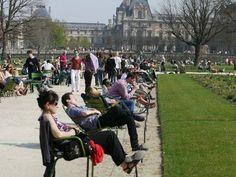 Paris Jardin des Tuileries  www.facebook.com/parisshorttermrent
