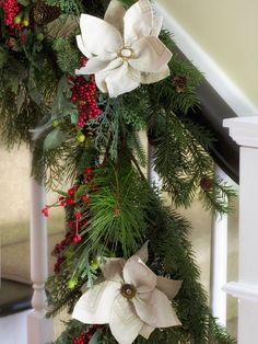 Holiday Entryway Ideas : Decorating : Home & Garden Television