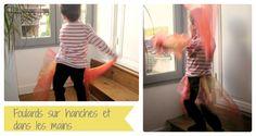 Danser avec des foulards