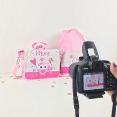 Fotoshooting Kala Mia Kindergarten Taschen und Turnbeutel Cubbies, Lunch Box, Diy, Unique Gifts, Cinch Bag, Woodworking Toys, Fabric Animals, Cuddling, Cubicles