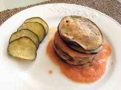 Milhojas de berenjenas con salmorejo. Receta (recipe, recipe), comida (food, food)