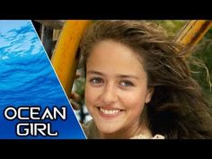 In order to continue her research on whales, Dr. Dianne Bates is assigned to ORCA. She arrives there to do the research with Dr. Ocean Girl, Tv Quotes, Full Episodes, Movie Tv, Sea, Whales, Barefoot, Youtube, Videos