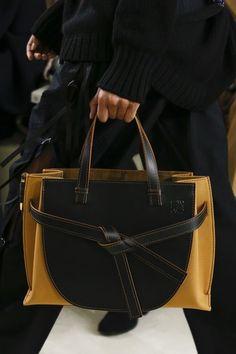 893678c45858 Loewe Bag 2018  bag  bolso  vanessacrestto  fashion  Style Photo  Luca