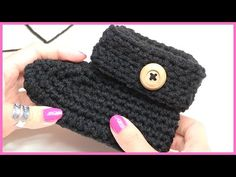 How to Crochet Baby Booties - YouTube