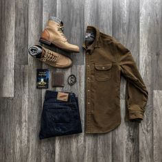 28 adorable outfit grid mens summer inspiration 39 Source by NawariTh clothing styles Smart Casual Outfit, Casual Outfits, Men Casual, Cowboy Outfits, Gentleman Mode, Gentleman Style, True Gentleman, Rugged Style, Outfit Grid