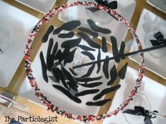 """""""Don't you just love the way I decorated each martini glass? I used frosting and piped zebra stripes inside the glass and rimmed the edges with red/white/black dragees! Zebra Party, Party Shop, Frosting, Red And White, Holiday, Christmas, Good Food, Birthdays, Martini"""