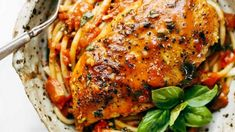 Get the recipe for garlic chicken with tomato butter sauce. Get the recipe for garlic chicken with tomato butter sauce. Garlic Basil Chicken, Honey Lemon Chicken, Chicken Pasta, Butter Chicken, Sauce Recipes, Cooking Recipes, Healthy Recipes, Healthy Eats, Tomato Butter Sauce