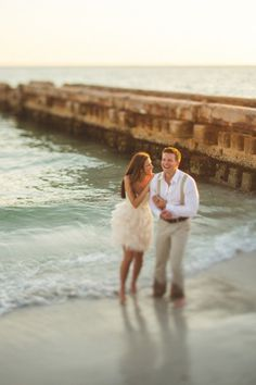 Engagement session- love her dress!