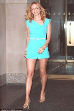 Heather Graham looks pretty as she talks Harvey Weinstein : A case of the blues: Heather Graham was seen heading to the Today show on Monday Beautiful Celebrities, Beautiful Actresses, Heather Graham Hot, Milwaukee, Jennie Lisa, Hollywood Fashion, Hollywood Actresses, Beautiful Legs, Mannequin