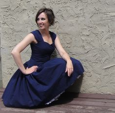 Cambie Dress with a dropped waist and a flirty skirt! I want to make this dress!