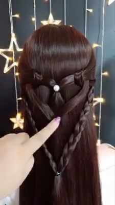 Top 60 All the Rage Looks with Long Box Braids - Hairstyles Trends Cute Hairstyles For Medium Hair, Face Shape Hairstyles, Box Braids Hairstyles, Medium Hair Styles, Curly Hair Styles, Styles For Long Hair, Hairstyle For Girls Video, Hairstyles Videos, Short Hairstyles