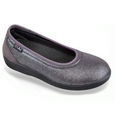 "Pantofi ortopedici talpa joasa dama, din material tip stretch, OrtoMed 6053-S38. Recomandati pentru:""monturi"" / Hallux Valgus, deget in ciocan/degete in gheara, pentru plantari, pentru persoanele care doresc incaltaminte ortopedica confortabila.  Gama de marimi fabricate: 37-41. Flats, Shoes, Fashion, Bunion, Loafers & Slip Ons, Moda, Shoe, Shoes Outlet, Fashion Styles"