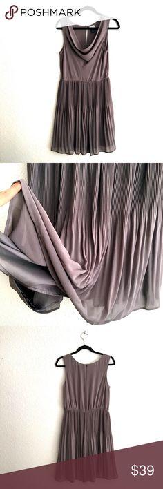 🎉Host Pick🎉NWOT Super Chic Drape Neck Dress Very excellent condition! Cute gray H&M dress. H&M Dresses