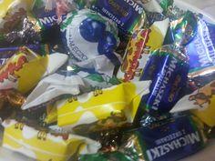 y los caramelos son indescriptibles: café con leche tiernísimos, chocolate con cereza... una pasada para los golosos como yo