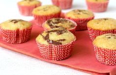 Nutella Swirl Cupcakes - Cupcake recipes that are easy to make