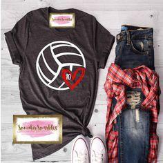 Merchandise Volleyball Mother Shirt, Volleyball T-Shirt, Volleyball Fan Shirt, Volleyball Shirts, Sp Cute Volleyball Shirts, Volleyball Shirt Designs, Volleyball Workouts, Volleyball Clothes, Coaching Volleyball, Volleyball Ideas, Volleyball Gifts, Soccer Shirts, Fan Shirts