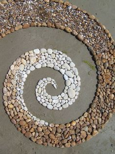 Andy Goldsworthy Chalk,Sandstone spiral by Dishtwiner Mosaic Rocks, Pebble Mosaic, Stone Mosaic, Pebble Art, Rock Mosaic, Mosaic Garden, Garden Art, Garden Design, Land Art