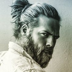 Curious about the man bun? The man bun hairstyle ascended as an edgy, fashionable alternative to wearing men's long hair naturally. The man bun haircut is styled by grasping all of your hair at… Mens Ponytail Hairstyles, Older Mens Hairstyles, Haircuts For Men, Hairstyles With Bangs, Military Haircuts, Updos Hairstyle, Everyday Hairstyles, Trendy Hairstyles, Hairstyle Images