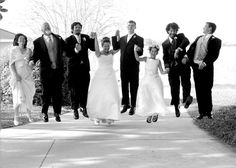 JHWeddings - Serving SW Florida with travel available. Professional wedding coverage based in the Sarasota area.  Engagement and wedding coverage.
