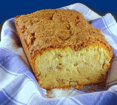 One Perfect Bite: Dutch Apple Loaf. Made this today and oooh, is it gooooooood. Sweets Recipes, Just Desserts, Fall Recipes, Cooking Recipes, Muffin Recipes, Bread Recipes, Apple Loaf, Apple Bread, Cat Bread